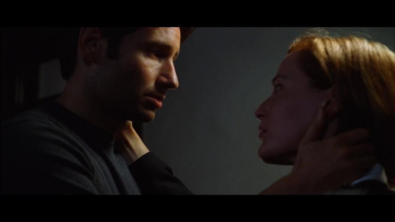 Вырезанный поцелуй Малдера и Скалли из фильма