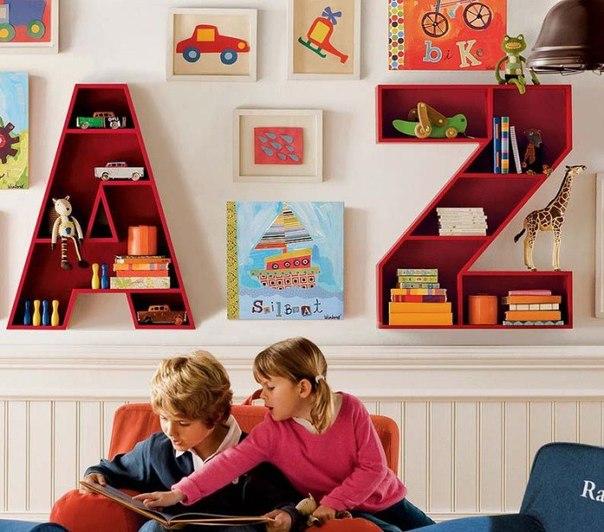 10 забавных и креативных полок для детской комнаты