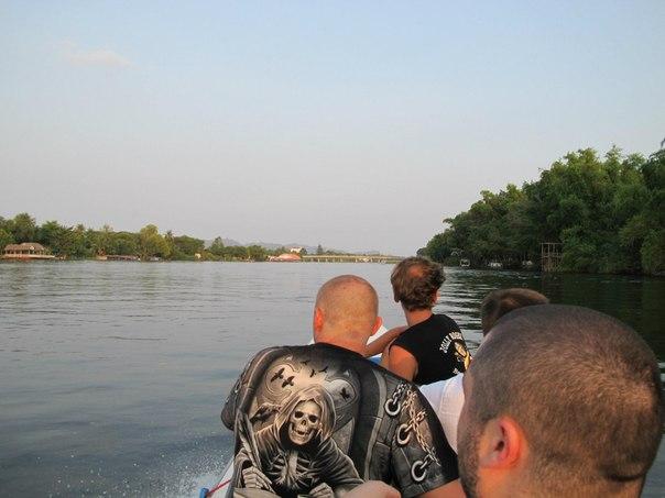 Канчанабури, покатушки по реке