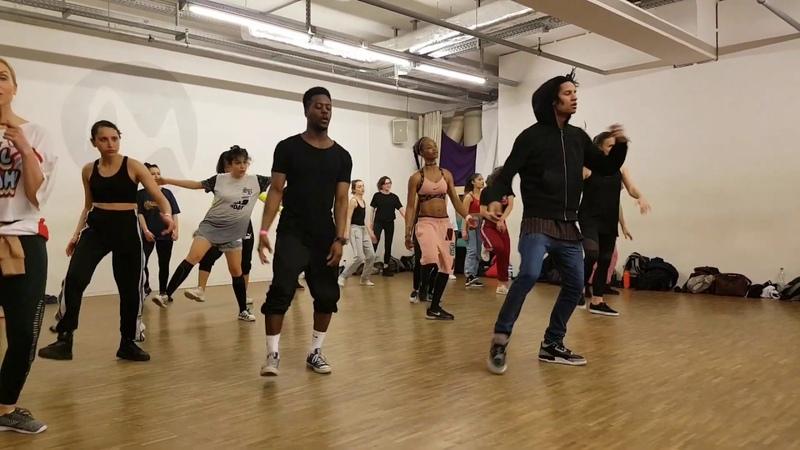 Les Twins Berlin workshop Motions studio april 2019 Larry choreo