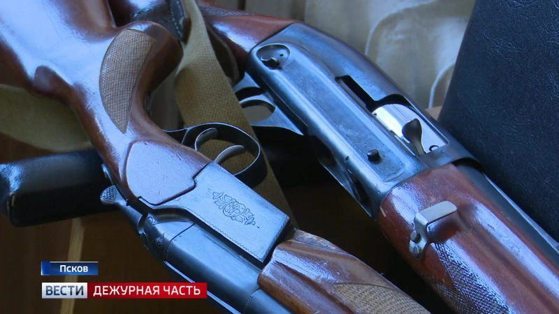 Сотрудники Росгвардии напоминают о необходимости перерегистрации лицензии на право владением оружия раз в пять лет