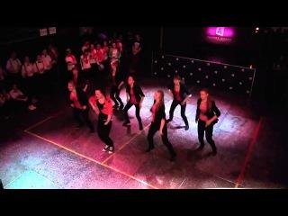 Эпизод из битвы танцоров в А3, командный танец Fans Of Dance, 3 битва 4 сезон