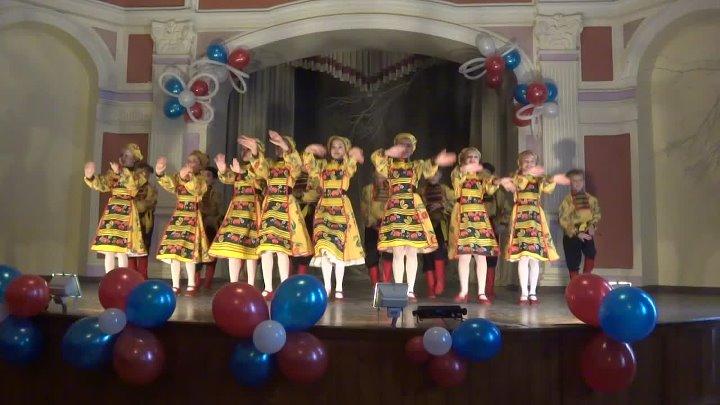 Танец Топотуха Искорки на конкурсе фестивале Восходящие звёзды Приангарья Средне младший состав