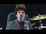 Johnny Marr &amp Justin Young (The Vaccines) - I Fought The Law (Live at the NME Awards, 2013)
