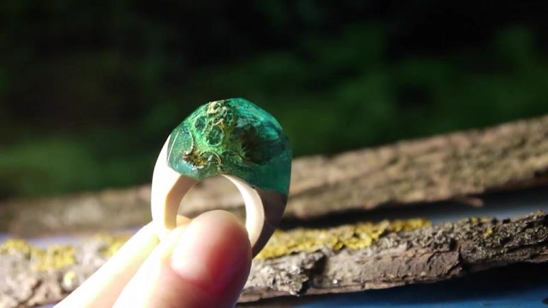 Underwater Tale. Кольцо из дерева и смолы. Ручная работа.
