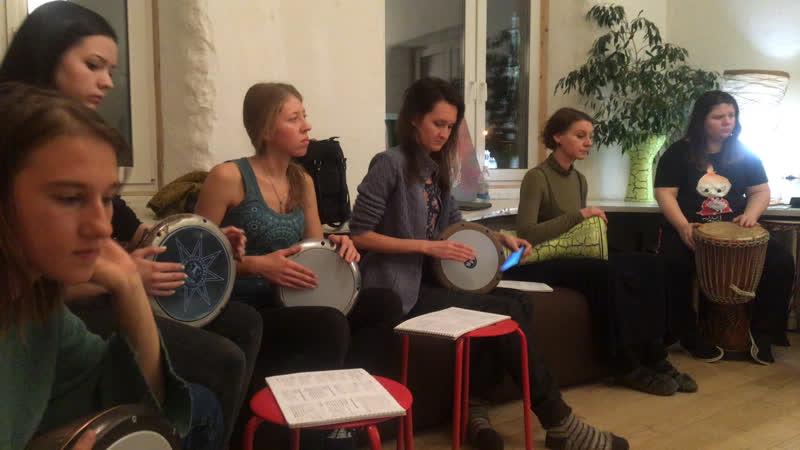 Обучение игре на дарбуке Сергей Кузнецов Записаться на обучение можно на сайте Root Roof