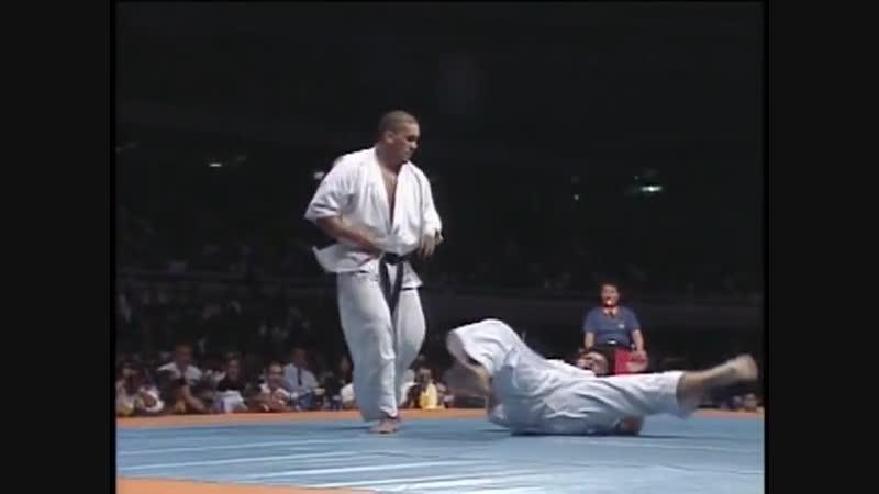 5-й часть 1 Чемпионат Мира по Каратэ Киокушинкай - 5th The 1st World Kyokushinkai Championship 1991 vk.com/oyama_mas