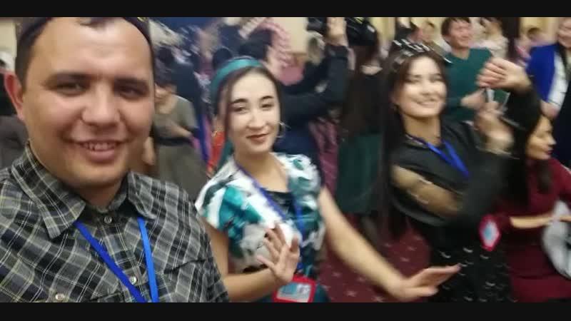 Түркістан қайырымды жандар