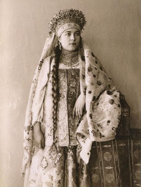 Девушка Вологодской губернии. 1900 год.