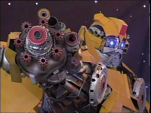 В Сити молл открылась выставка роботов и трансформеров