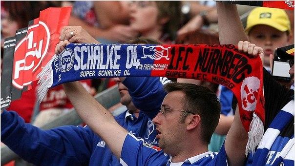 Футбольные фанаты статьи на немецком