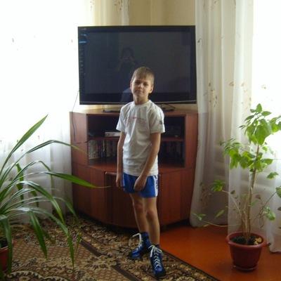Захар Никишин, 16 октября 1999, Миллерово, id186109589