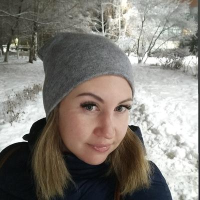 Ксюша Сураева