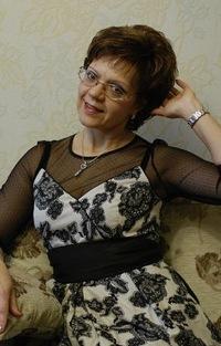 Елена Выступова