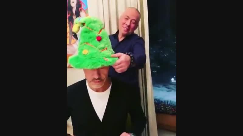 Федор Бондарчук готовится к Новому году