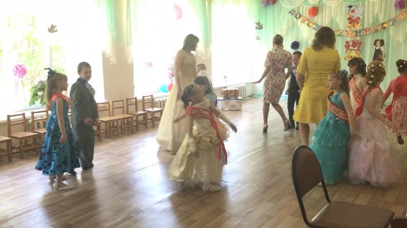 Танец «Лапушки»!