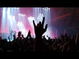 Queens of the Stone Age - Go With The Flow, live in M