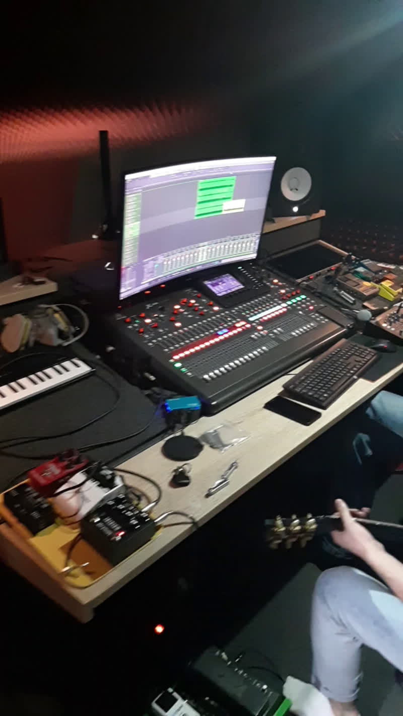 Ли live stream on VK.com