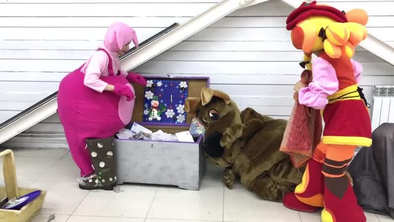 Алтайская резиденция Деда Мороза ждет открытия в ТРЦ Праздничный