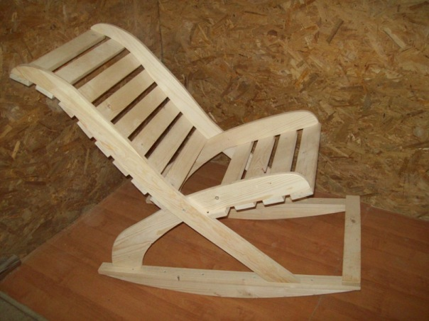 Кресло качалка своими руками из бруса 61