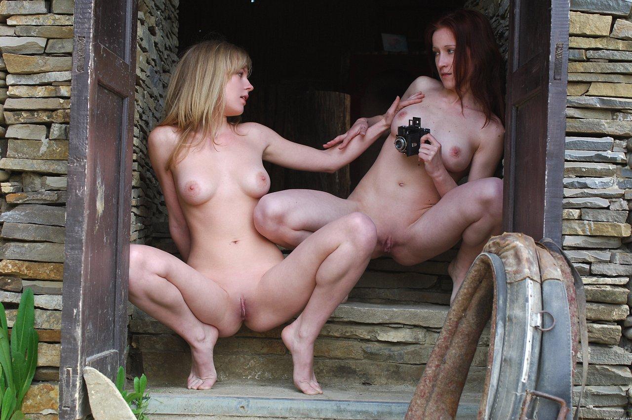 Эротика девчонки развлекаются смотреть онлайн 4 фотография