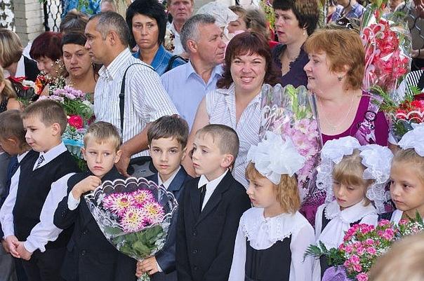 На фото: Женя Слепышков 1 сентября пошел в 1 класс