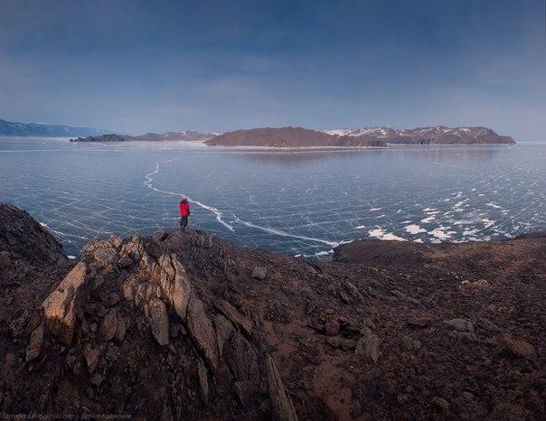 400 километров по Байкалу на коньках.