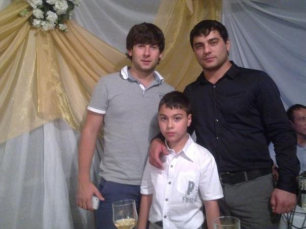 мурат тхагалегов фото семьи друга пришли гости