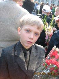 Илья Ушаков, 7 марта 1996, Луга, id95124852
