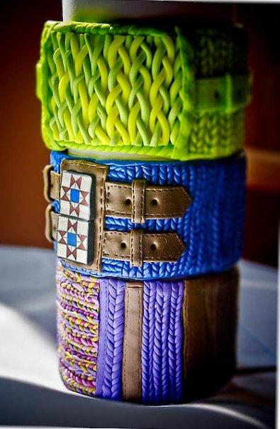 Вязанные браслеты.