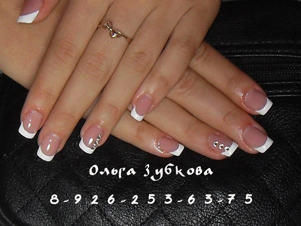 Фото нарощенных ногтей белый френч квадратные