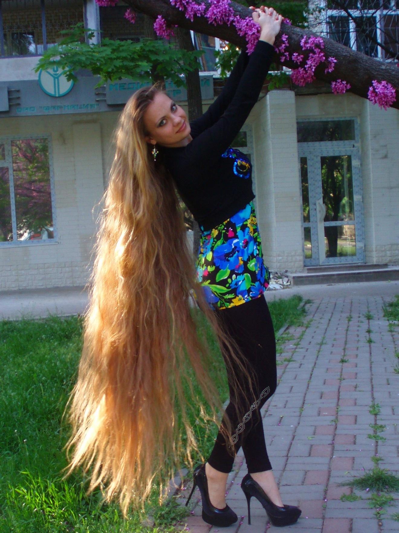 Фото русских девушек с длинными волосами 7 фотография