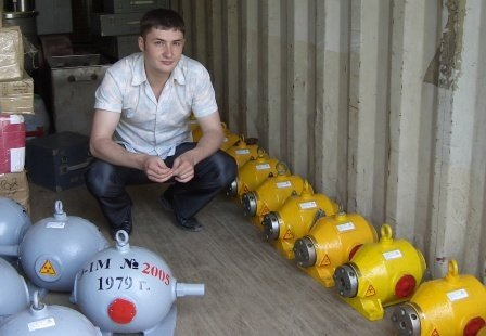 Опасные предметы Форум Русские выживальщики Используется источник цезий 137 активность около 0 2 Кюри МЭД на 1 см от источника около 200 Р ч