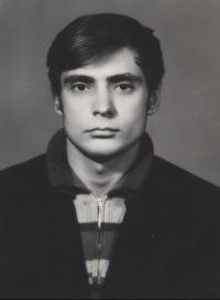 Валерий Петраков, 4 января 1946, Орел, id165281839