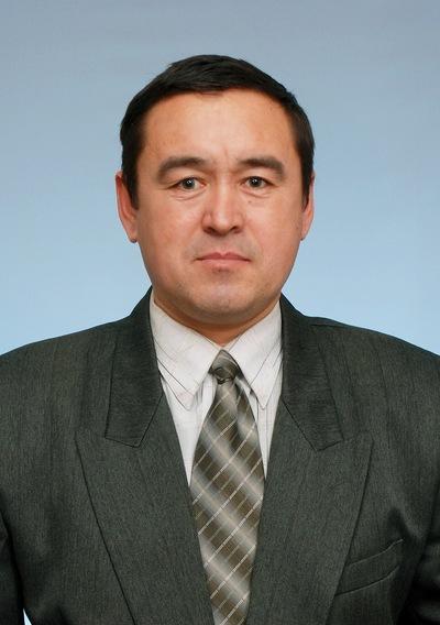 Венер Сулейманов