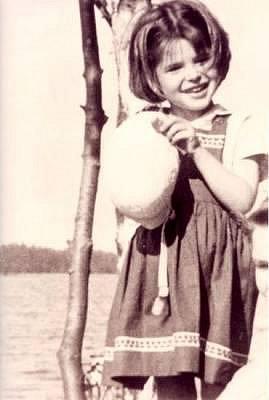 Фанни в детстве