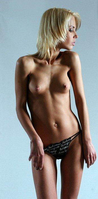 Подборка красивых девушек (40 фото)