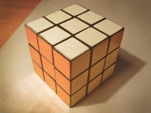 Фото собранного Кубика Рубика