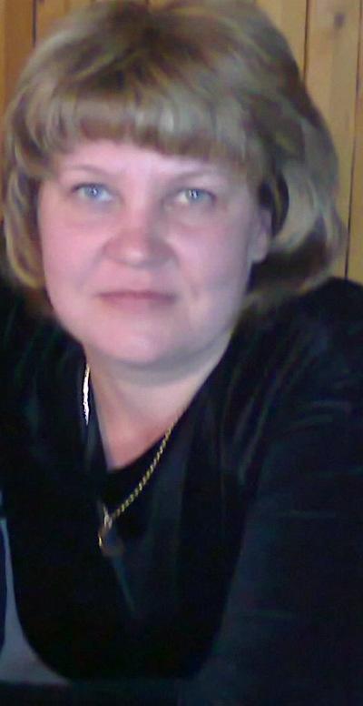 Елена Логунова, 17 апреля 1997, Суксун, id158534810
