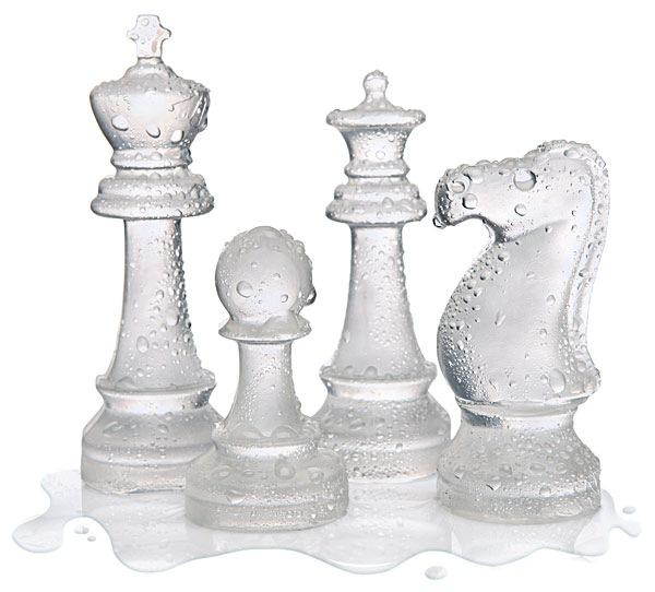 Шахматы из льда