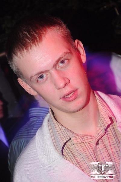 Денис Гринев