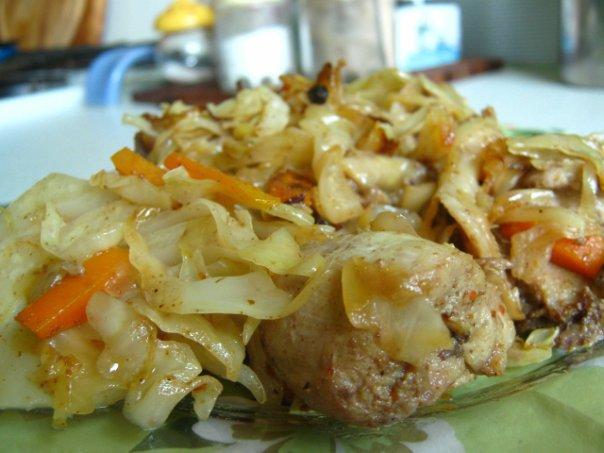 Рецепт курицы с картошкой и капустой в духовке