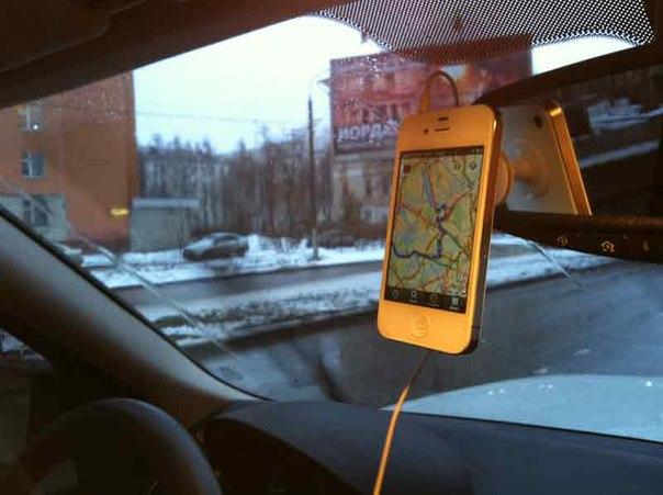 Как сделать подставку для телефона в машину