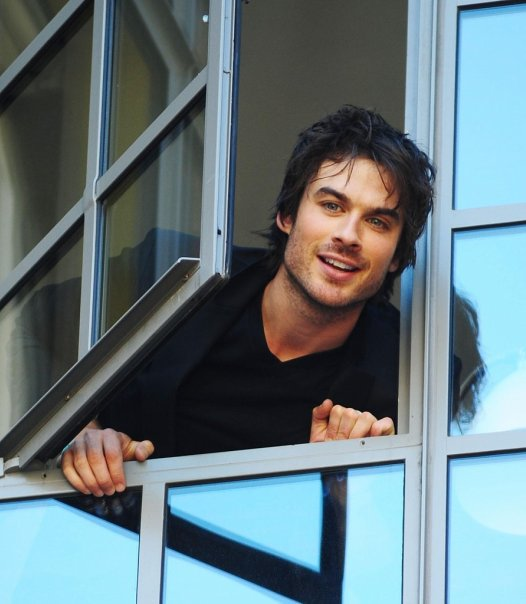 Обои and background фото of ian somerhalder for фаны of иэн сомерхолдер images