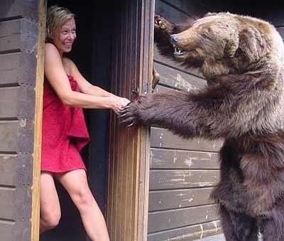 Продолжение сказки про Машеньку и трех медведей: - Кто в моей бане мылся?