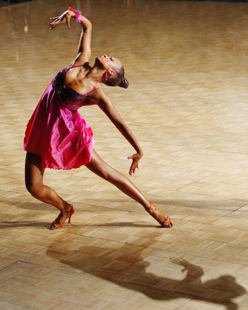работа инструктор танцы: