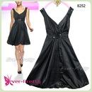 Вечернее черное платье размер 44.  Фотография 1.