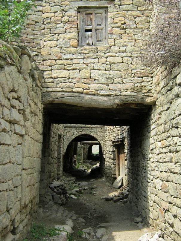 Улица старейшей части села Корода (Дагестан)