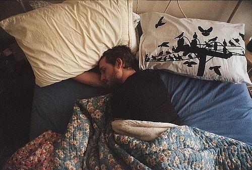 фото спящих парней