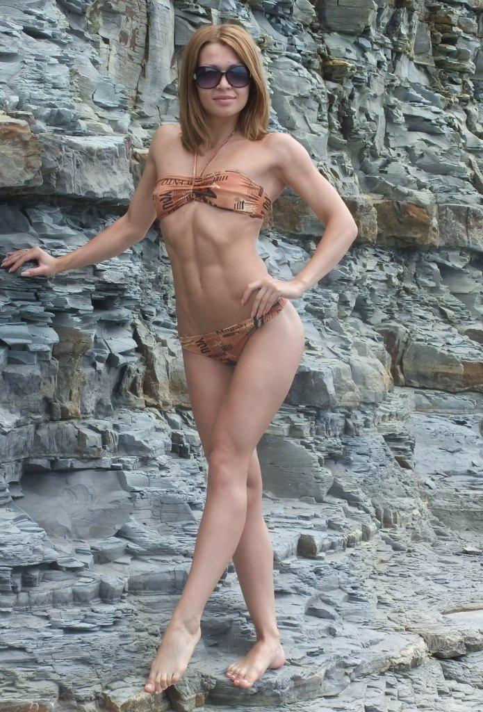 Фото женской груди лапают 1 фотография